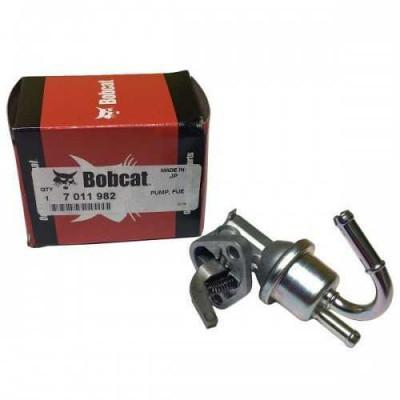 Паливний насос підкачки 7011982 Bobcat